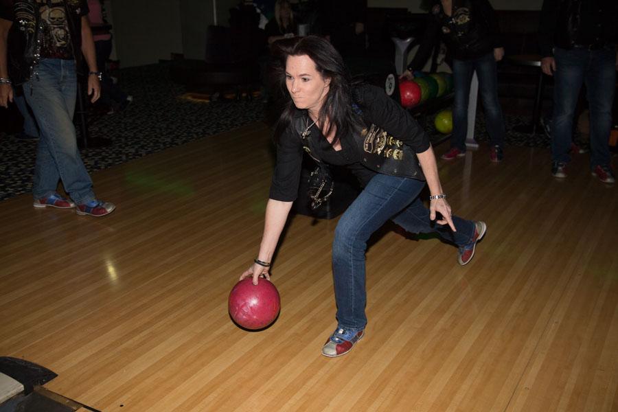 bowling09