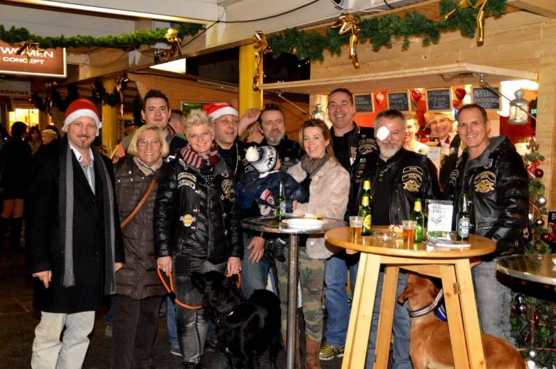 charity_adventhuette_2014_049