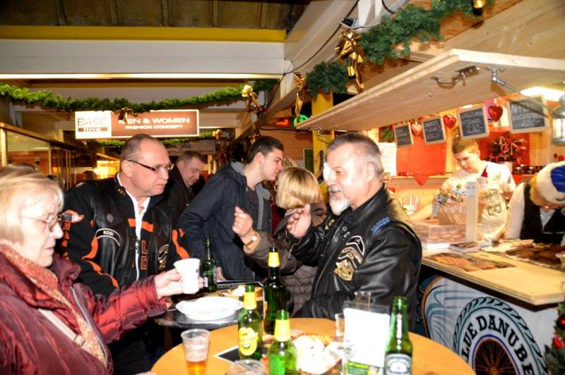charity_adventhuette_2014_050